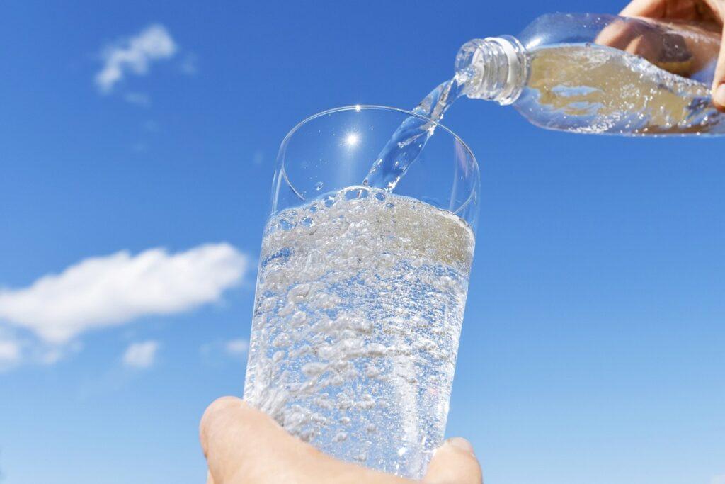 Ενυδάτωση αθλητών - Σημάδια Αφυδάτωσης - Ενυδάτωση - Πόσο νερό πρέπει να καταναλώνουμε στην άσκηση - Νερό και τρέξιμο
